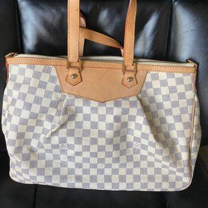 COPY - Louis Vuitton White Damier Siracusa Handbag